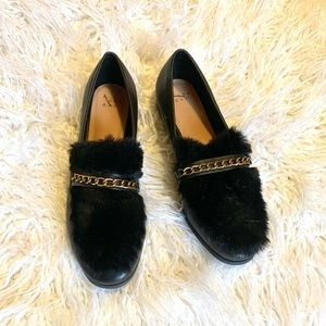 A New Day NWOT faux fur loafers Like New size 10